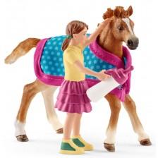 Фигурка Schleich Horse Club - Комплект момиче и конче с одеяло -1