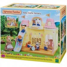 Комплект фигурки Sylvanian Families Baby & Child - Забавачница замък -1